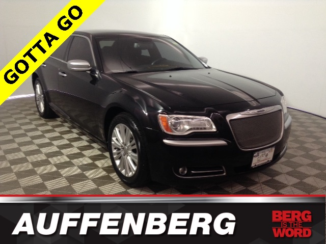 Pre-Owned 2013 Chrysler 300C John Varvatos
