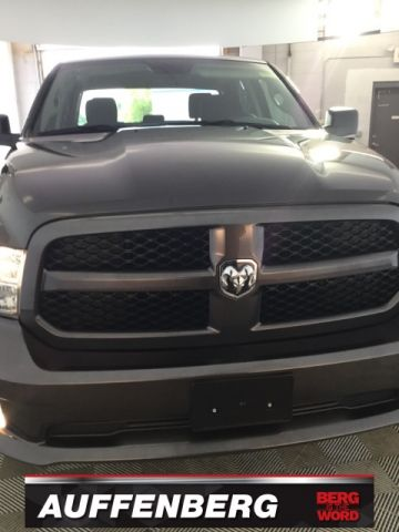 Certified Pre-Owned 2018 Ram 1500 Express