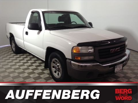 Pre-Owned 2007 GMC Sierra 1500 Classic Work Truck